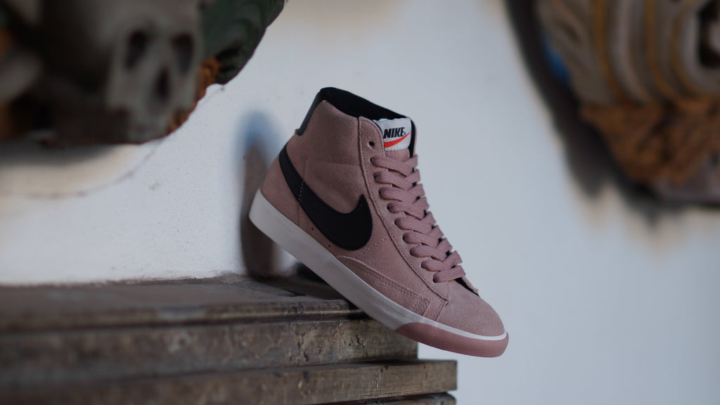 Nike Women's Blazer Mid Suede Vintage Particle Pink/White/Black 917862-601