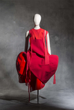 fashion exhibits for your summer travel