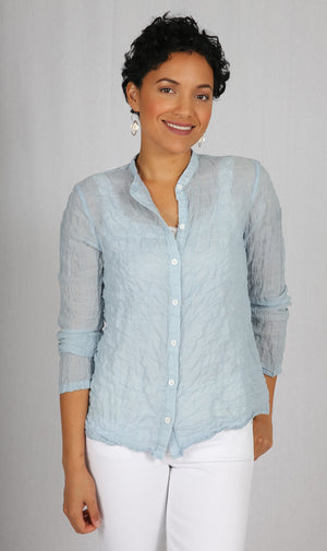 Lila Blouse in Robin Blue