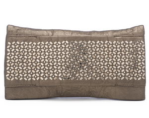 Fava Clutch in Gold Borello