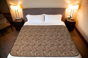Organic Cotton flannel Widl Venus Mat spans a queen-sized bed.
