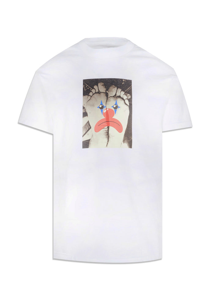 PLEASURES: HAPPY FEET SS TEE [WHITE]