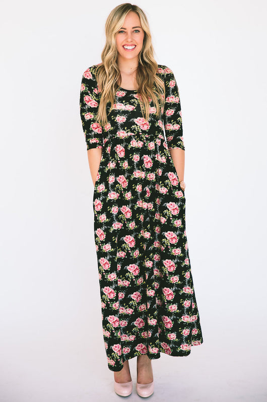 The Dusti Maxi Dress | Black Floral