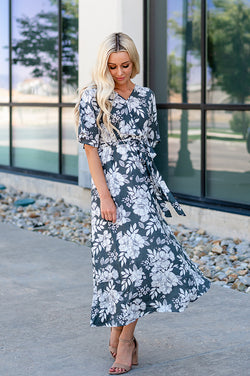 The Jenna Faux Wrap Midi Dress: Gray