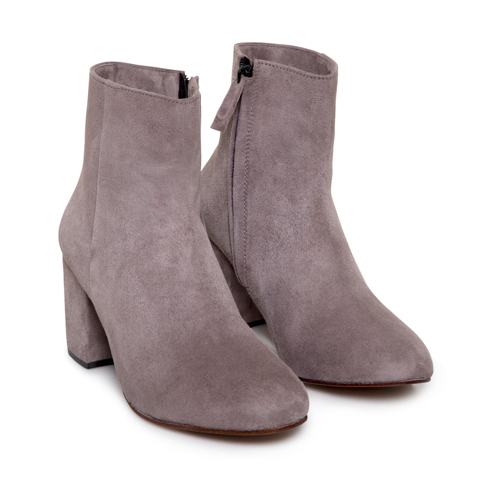 Lulu Boots In Plum