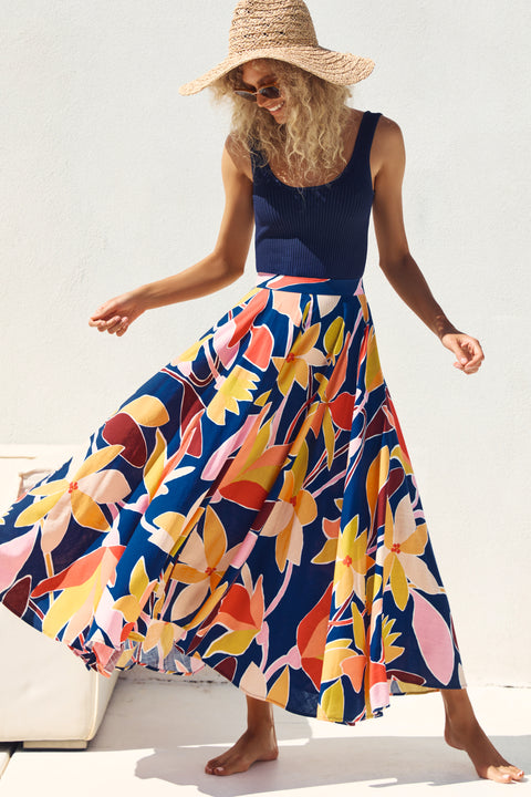 Betty Skirt In Tropical Navy