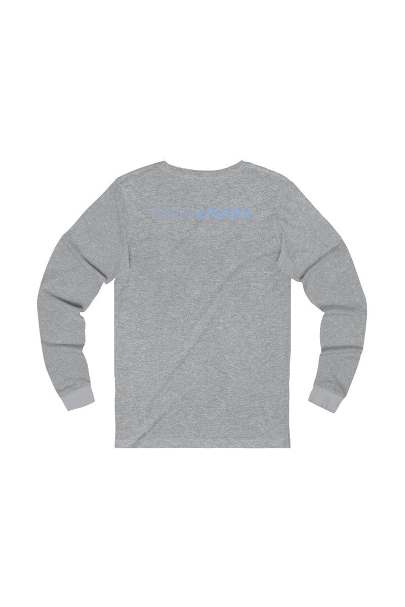 grey and white long sleeve tee