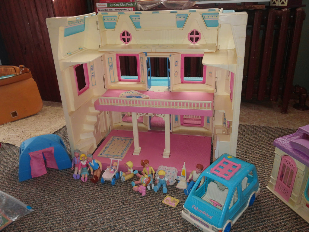 Fisher Price 1993 Dream House Doll House Allen And Sons Old Treasures