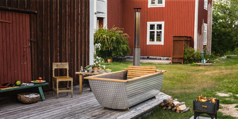Bohemen Outdoor Heated Hot Tub by Hikki of Sweden