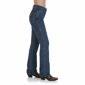 Load image into Gallery viewer, Ladies Cowboy Cut Jeans - Henderson's Western Store