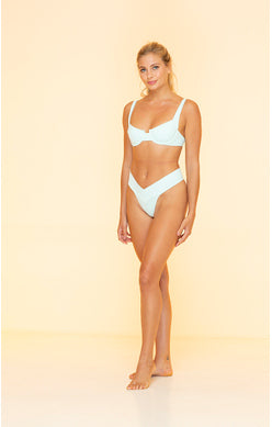 Load image into Gallery viewer, Scoopneck Underwire Bikini Top