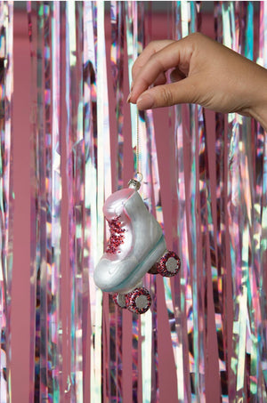 Load image into Gallery viewer, Rollerskate ornament