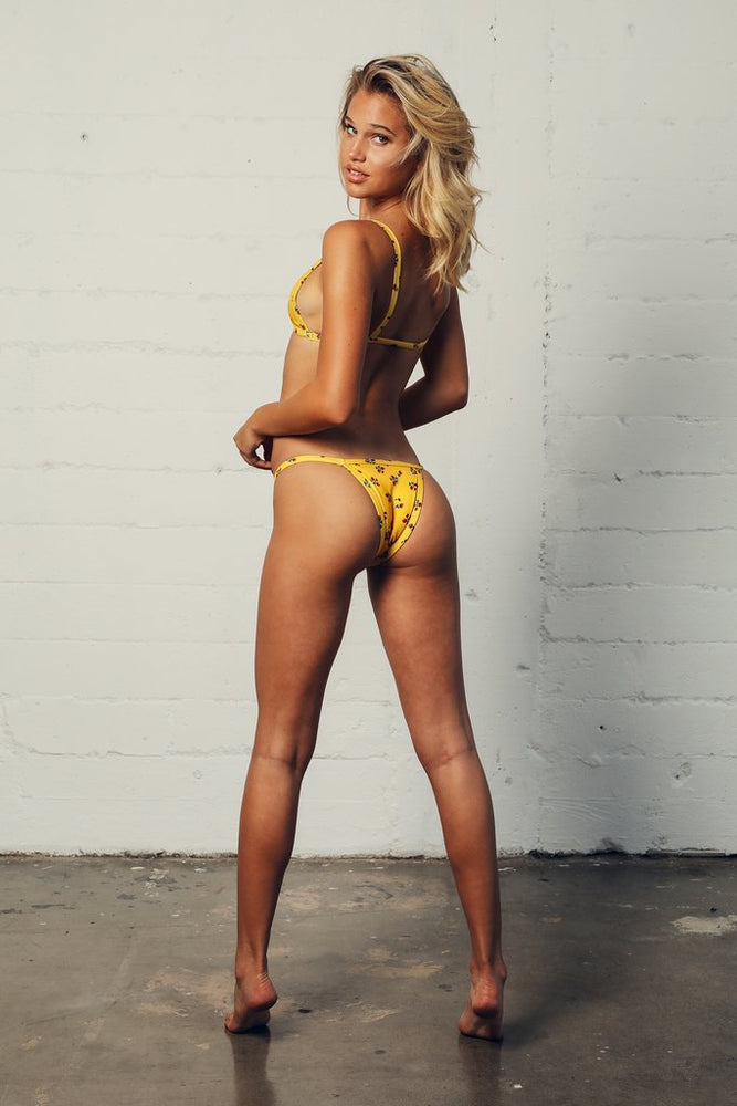 Load image into Gallery viewer, Yellow flower print cheeky bottoms