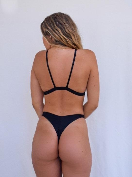 Load image into Gallery viewer, Black Scoopneck Bikini Top