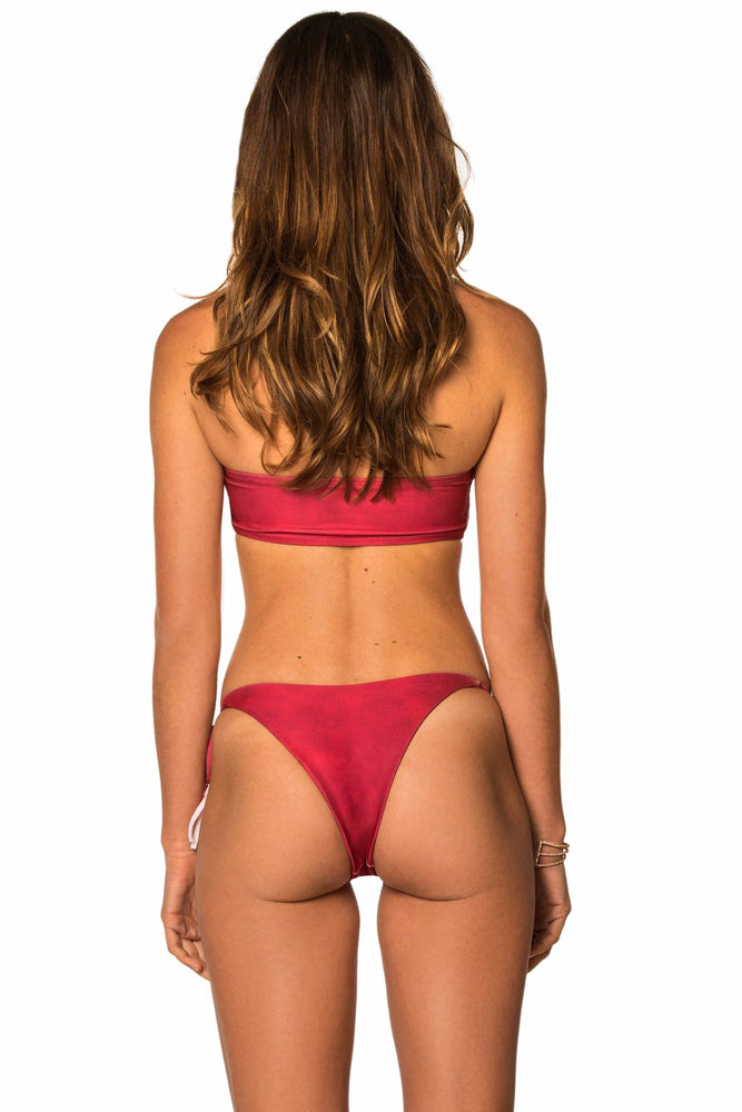 Load image into Gallery viewer, Red sporty cut out top