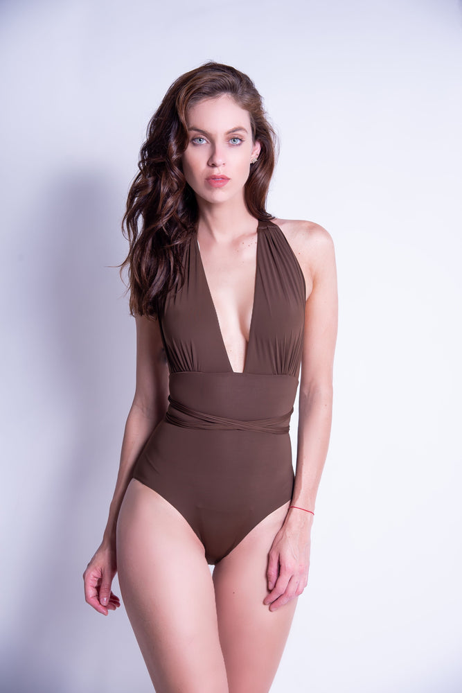 Camille in Brown/Off white
