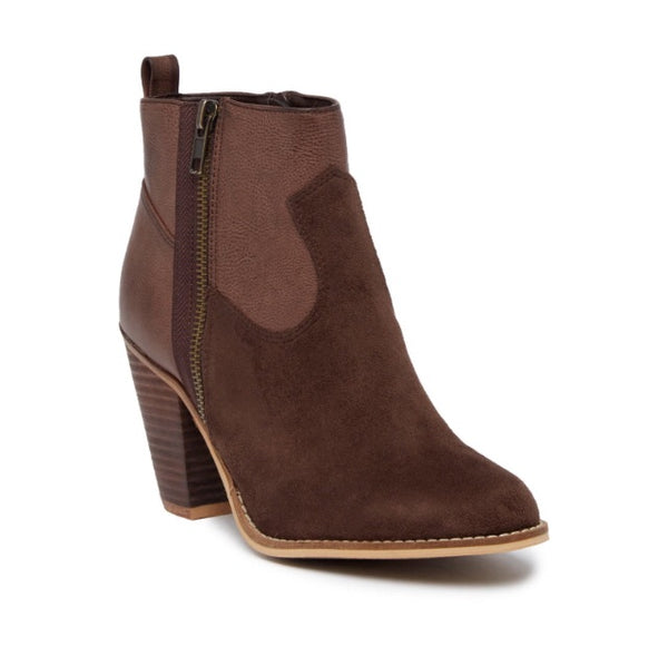 Sia Cowgirl Bootie