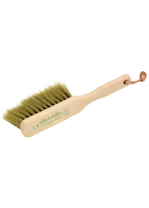 gluckskafer wooden handled dust brush