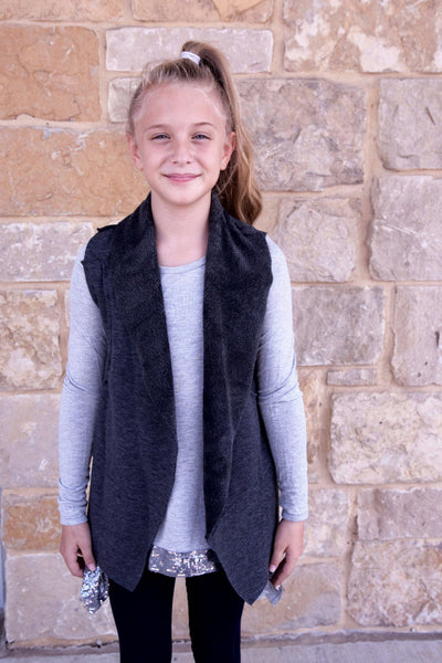 Splendid Grey Faux Fur Raw Edge Vest  (sz 7/8-14)