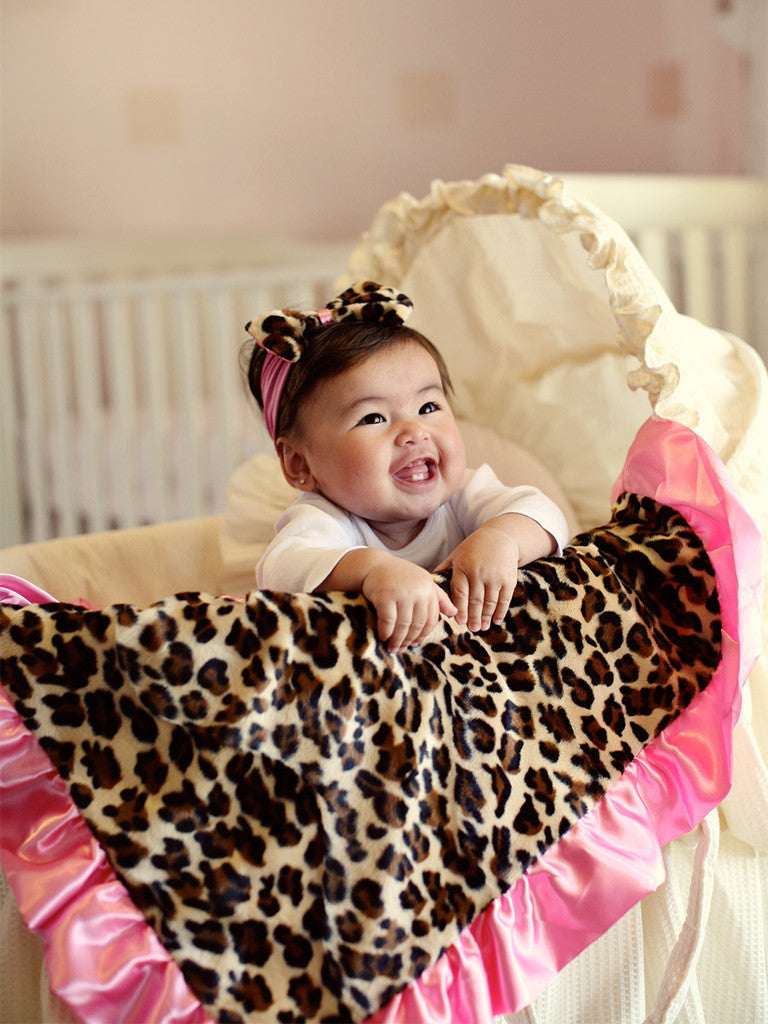 Baby Girls Adorable Leopard/Hot Pink Ruffle Plush Blanket