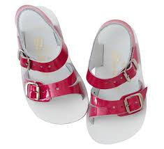 Sun-San Saltwater Fuchsia Sea Wees Sandals (sz 2 last one)