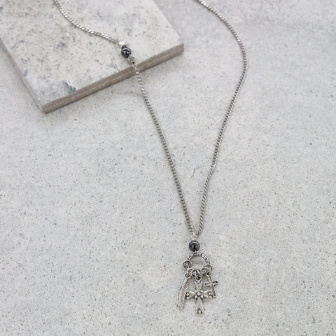 Bellhurst Necklace in Silver Ox