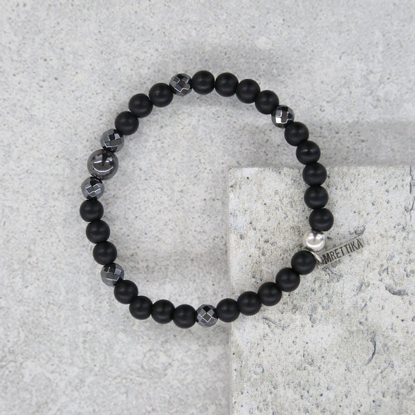 Iron Ire Bracelet in Onyx and Antique Silver