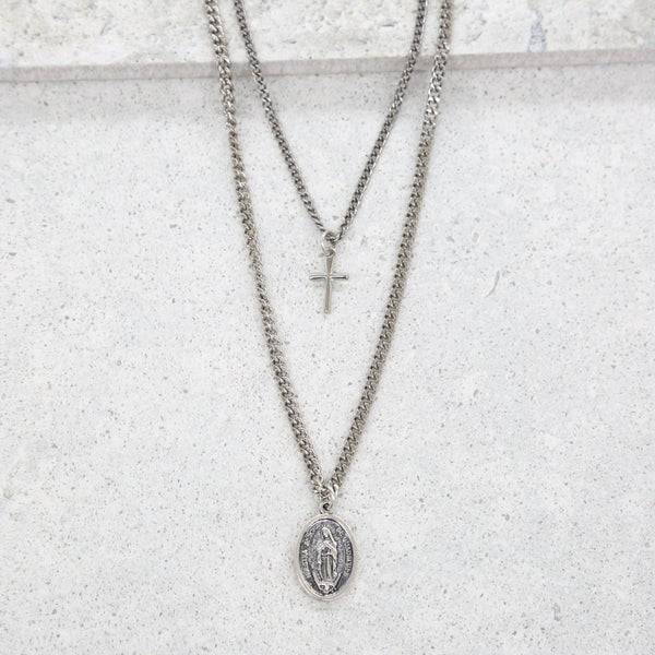 Close to Home Necklace in Silver Ox