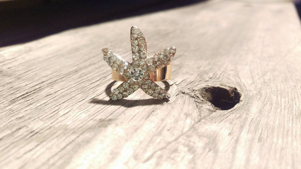 Gold Starfish Sparkle - Adjustable Ring - Berkley's Boutique