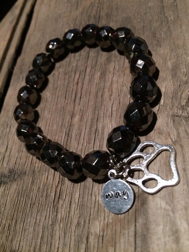 Crafted Jewelry black beaded bracelet with paw print charm, hand crafted, hand strung