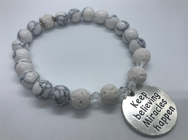 Mantra Bracelet - Keep Believing Miracles Happen