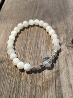 Feminine Moonstone Light - Bracelet - Berkley's Boutique
