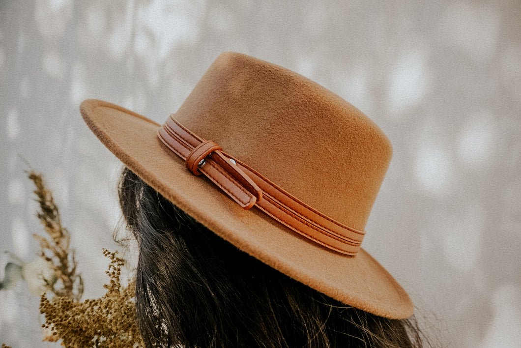 Marron Strapped Boater Hat