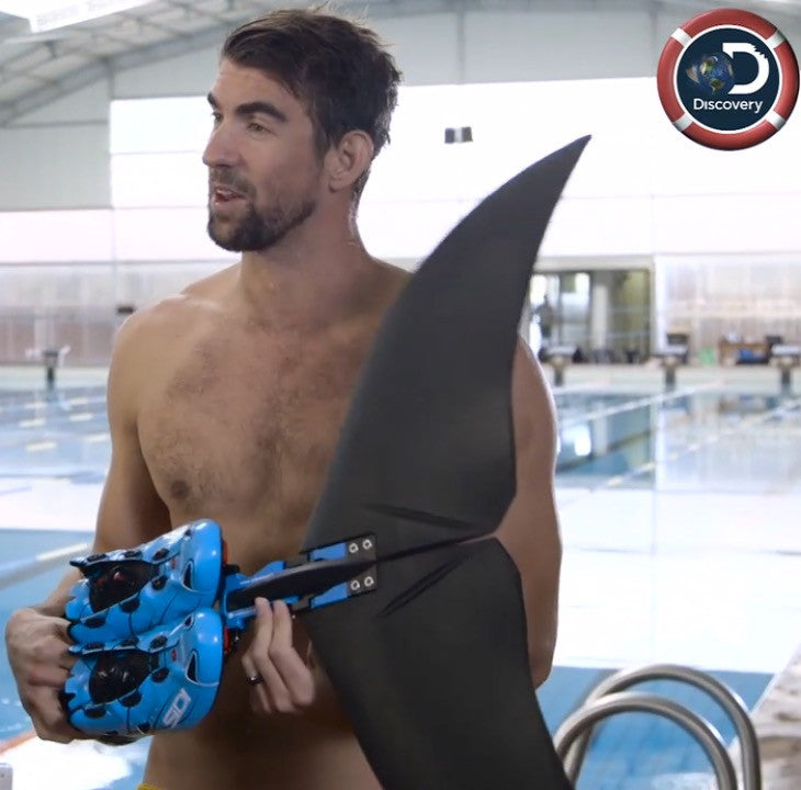Michael Phelps showing the Lunocet for Shark Week