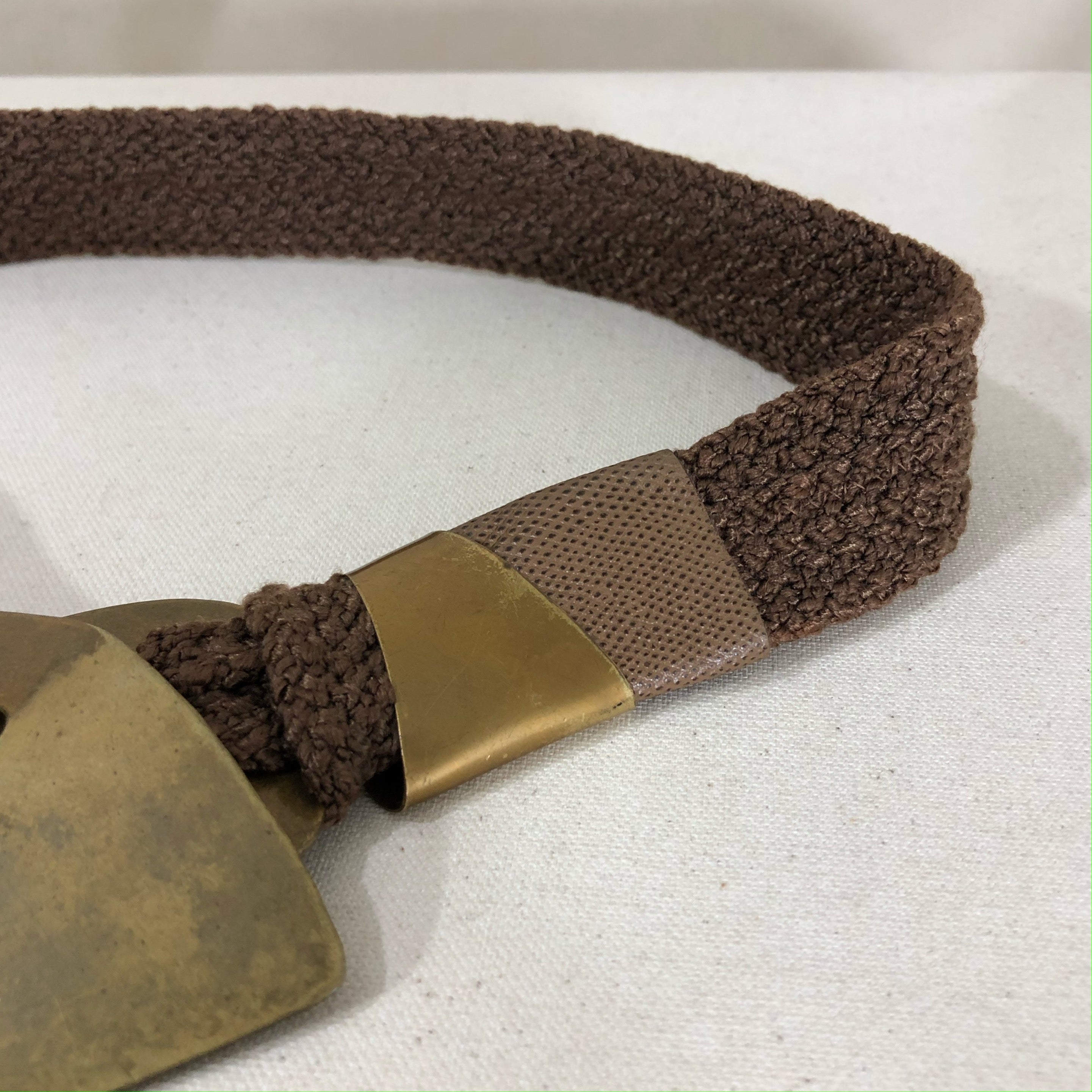 organic accent belt, nutmeg + brass