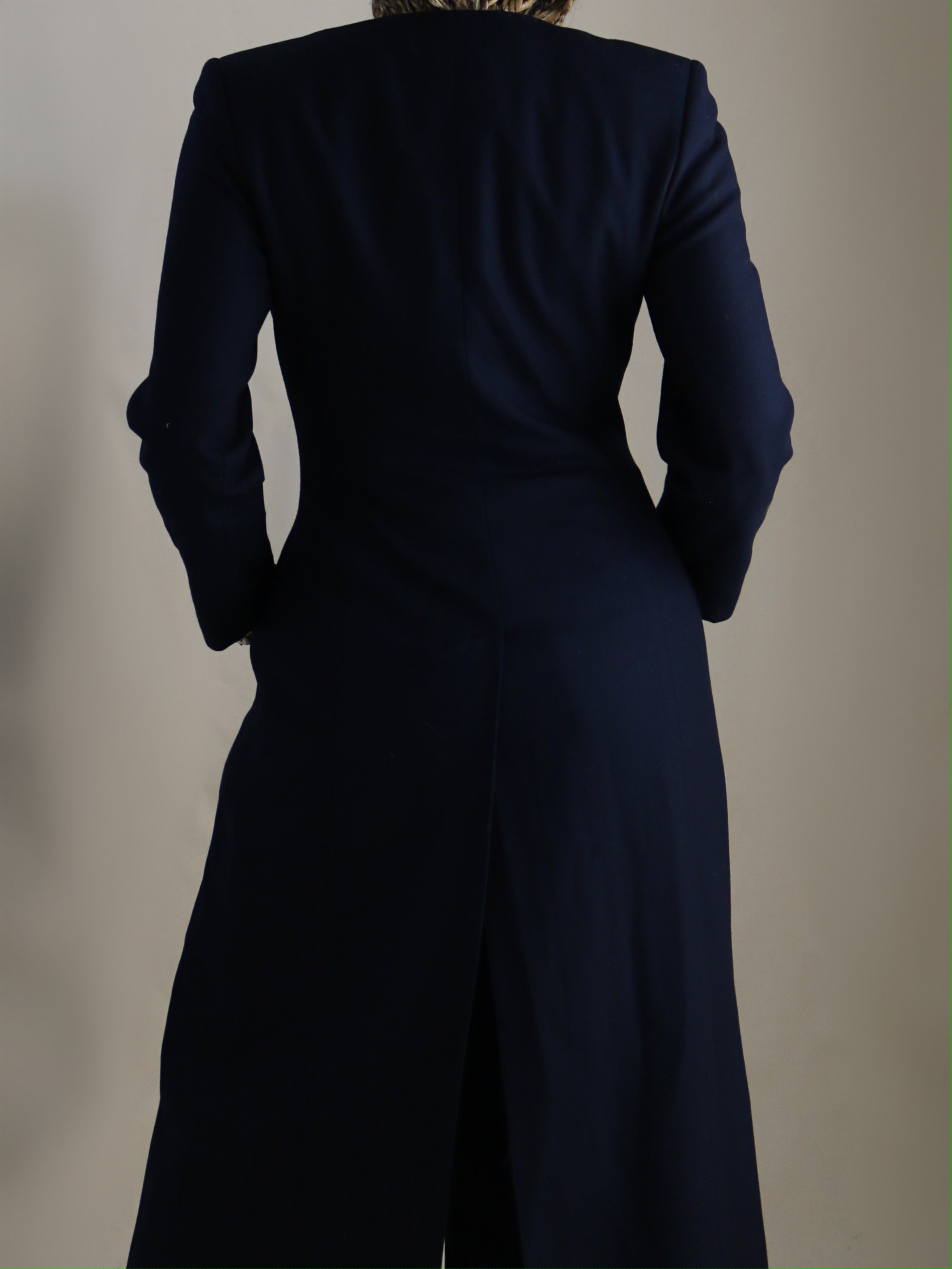 Iman layer, navy