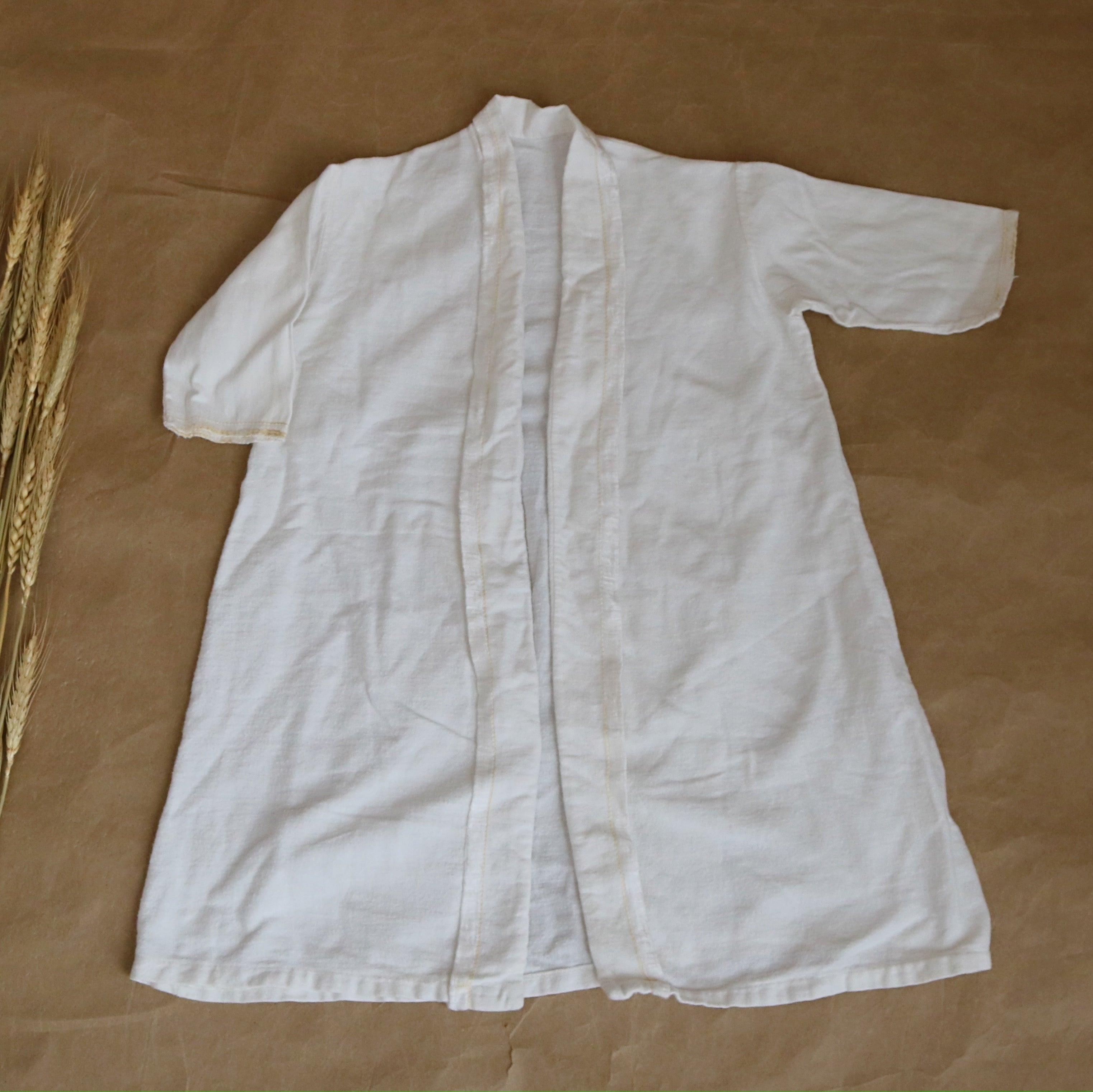 antique robe in fresh white | 6-7T
