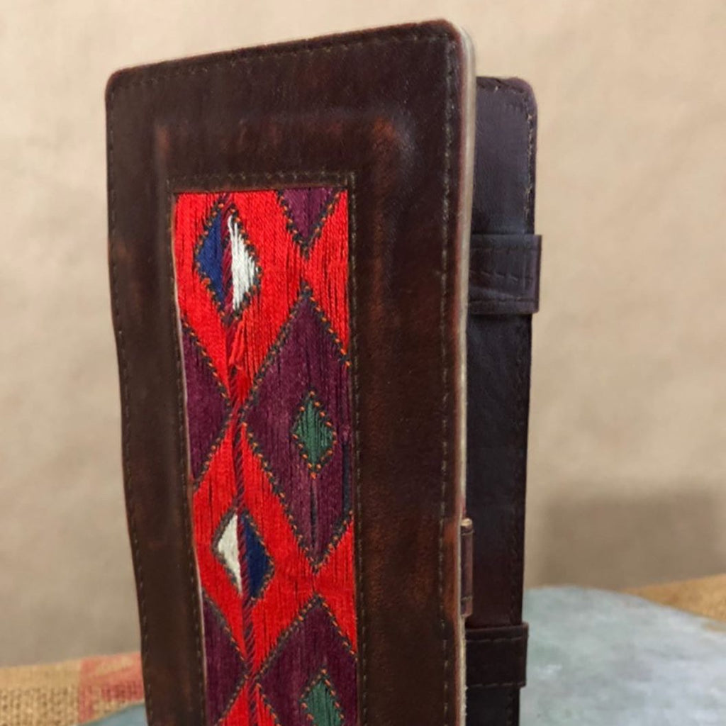 leather and texture billfold
