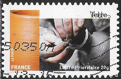 France 4735 Used - ‭‭Handicrafts - Pottery Making