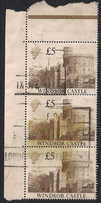 Great Britain 1233 Used - £5 Windsor Castle - Selvedge/Stain