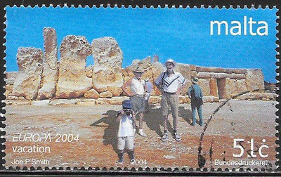 Malta 1163 Used - Europa - ‭People at Archaeological Site