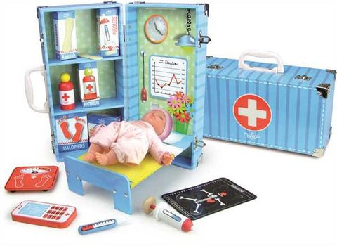 Vilac wooden Doctors Set in Suitcase