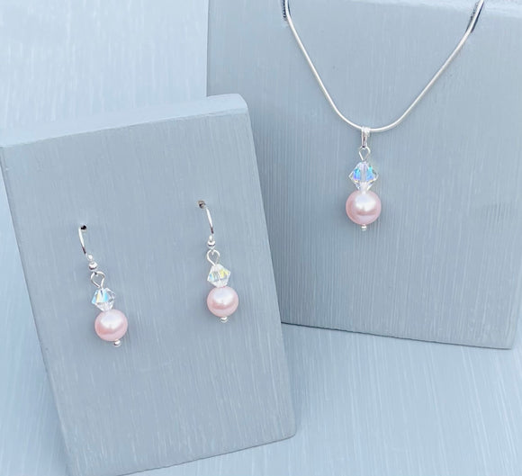 Handmade with Rosaline Pearls and clear crystals and finished with 925 Sterling Silver 18 inch chain -  This makes a gorgeous gift for Mother's day and an amazing Bridal accessory
