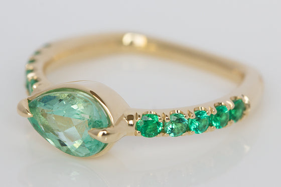 Pear Shaped Colombian Emerald on Euro Band