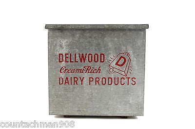 Dellwood Dairy Insulated Tin Box - Vintage