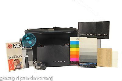 Polaroid Land 250 Camera Color & B&W film flashbulbs - vintage great condition