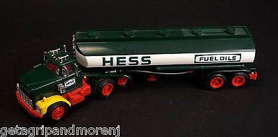 HESS 1984 Toy Truck Bank In Box!