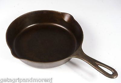 GRISWOLD No. 6 Cast Iron Block Logo Skillet Pan 699 H Erie PA. Well Seasoned!