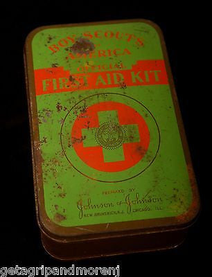 BOY SCOUTS OF AMERICA WWII 1942 Official First Aid Kit Antique!