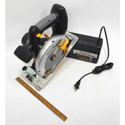 Briefly Used PANASONIC CORDLESS CIRCULAR SAW #EY3551 Blade & Charger *NO BATTERY